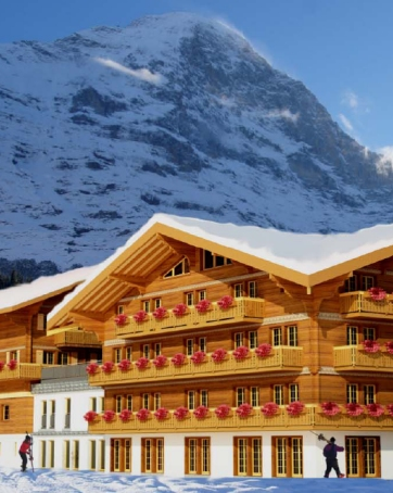 Residence Aspen in Grindelwald with adjacent hotel facilities.